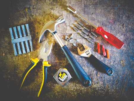 repair-maintenance-tools-screws